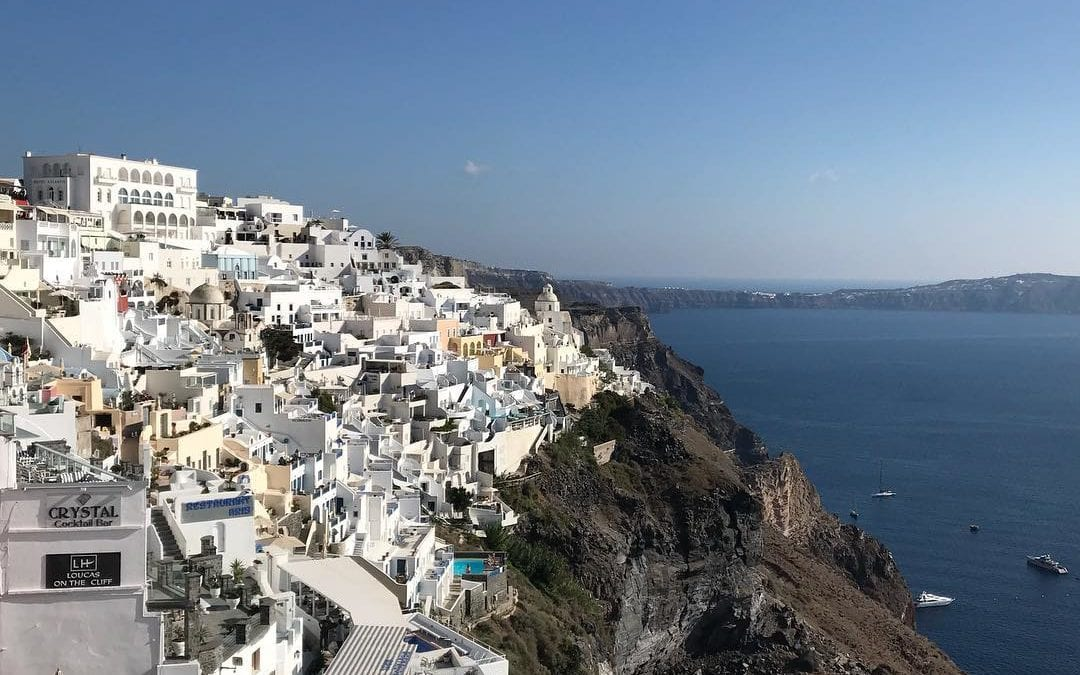 I'm blessed that I've been been able to fulfilled a life long dream #santorini #greece #healing #healingplacemedfield #HealingPlaceEnergySchool #bythesea #athena